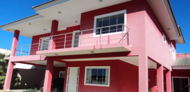 RVL IMOVEIS VENDE!!!Linda mansão, na rua 06 , localizado em um excelente condominio com guarita 24hs, casa com 5 quartos, sendo 3 suites, uma delas master, closet em todas as […]