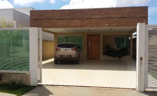 RVL IMOVEIS VENDE!!! Linda casa na rua 08 de Vicente Pires com: 3 quartos sendo todos suites Closet, armarios Sala de jantar Sala de estar Sala de tv Cozinha planejada […]