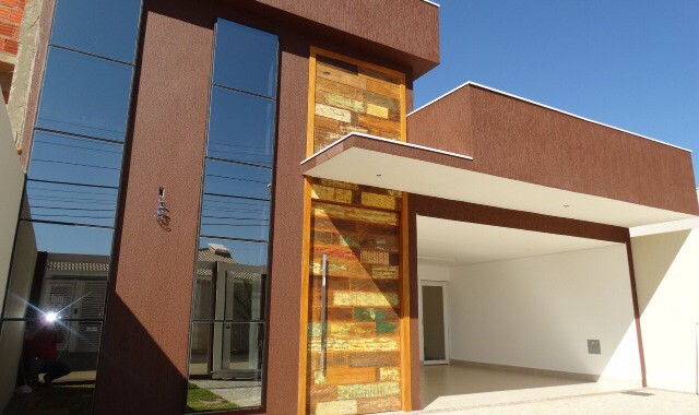 RVL IMOVEIS DISPONIBILIZA PARA VENDA IMEDIATA LINDÍSSIMA CASA NA RUA 05 : Casa com 3 suites, sendo 1 com closet, Alto padrão de acabamento Fachada moderna com pele de vidro […]