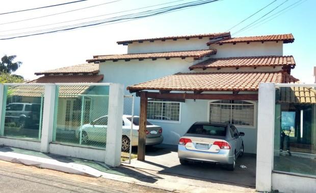 Rvl imoveis disponibiliza para venda imediata Excelente casa de 3 quartos na rua 12 de Vicente Pires Sendo uma 2 suíte, mais 1 quartos Sala ampla Escritorio Cozinha planejada Área […]